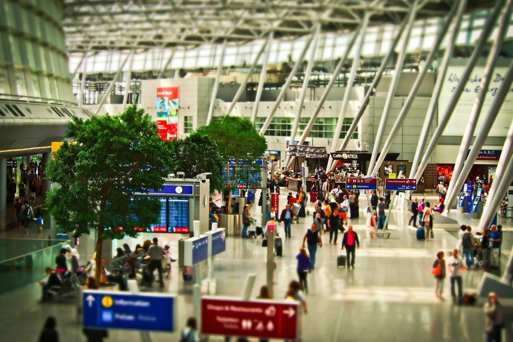 aeropuerto, viaje, escalas, pasajeros, vuelo, vacaciones