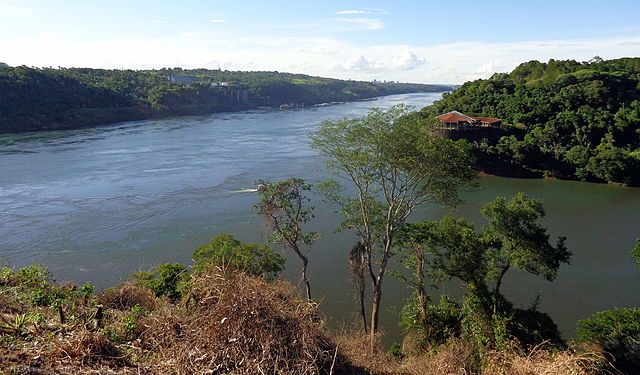 Tres Fronteras Iguazu
